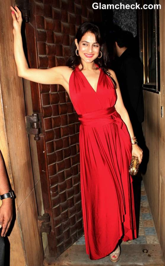 Ameesha Patel  Anu and Sunny Dewan Christmas Party