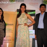 Deepika Padukone Garnier New BB Cream launch