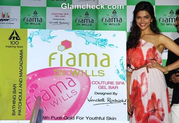 Deepika padukone Fiama Di Wills Couture Spa Range Launch