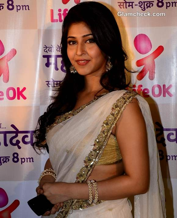 Devon K Dev Mahadev Sonarika Bhadoria on the sets in real avatar