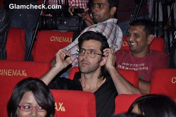 Hrithik Roshan Kai Po Che Trailor launch in Cinemax