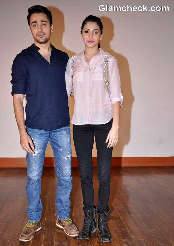 Imran Anushka Sharma Promote Their Movie At IIT Powai