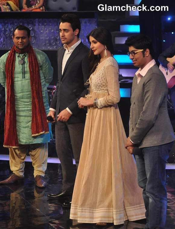 Imran Khan And Anushka Sharma At Sa Re Ga Ma Pa