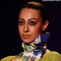 Indian Makeup DIY Glamorous Winged eye tangelo lips s-s-2013 Nida Mahmood