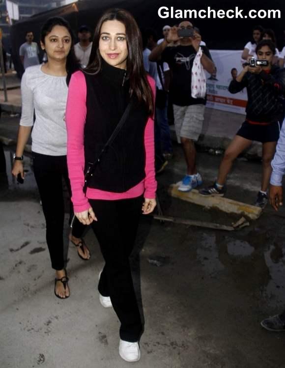 Karisma Kapoor in pink and black at Pinkathon International 10k Run