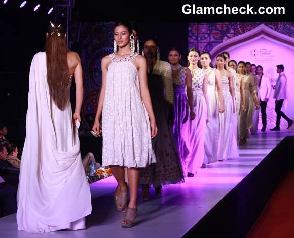 Ministry of Textile Fashion Show  in New Delhi-13