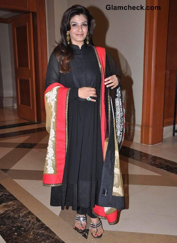 Raveena Tandon launches a breakthrough cancer detection kit