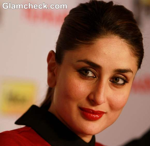 Kareena Kapoor Shows How To Sport The Red Makeup Look For ...