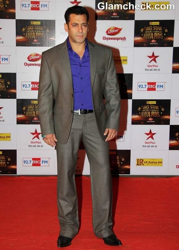 Salman khan at The Big Star Entertainment Awards 2012