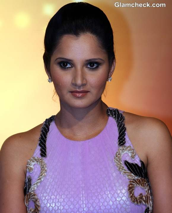 Sania Mirza Shoaib Malik Surprise Couple on Nach Baliye 5
