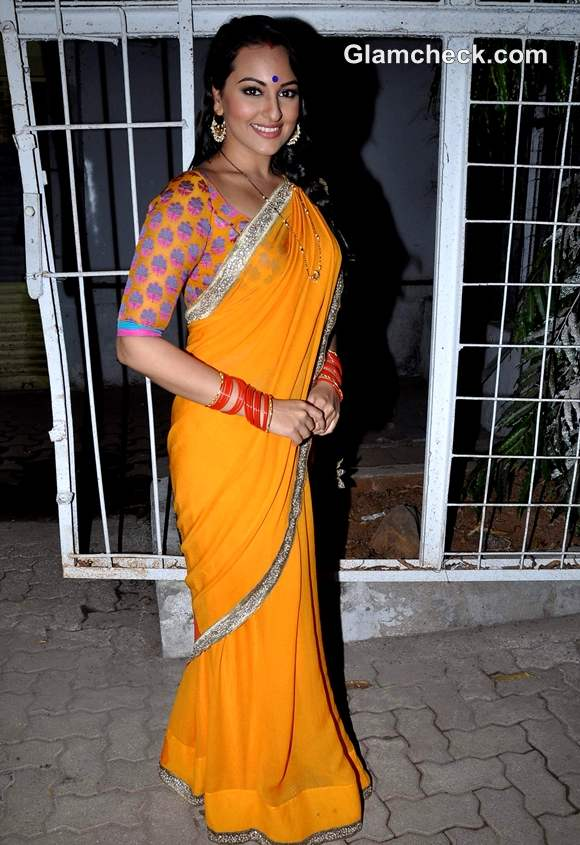 Sonakshi Sinha on the sets of TV Serial Diya Aur Baati Hum to promote Dabangg 2
