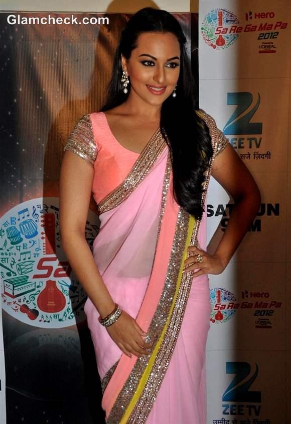 Sonakshi Sinha promotes dabangg 2 at sa re ga ma pa