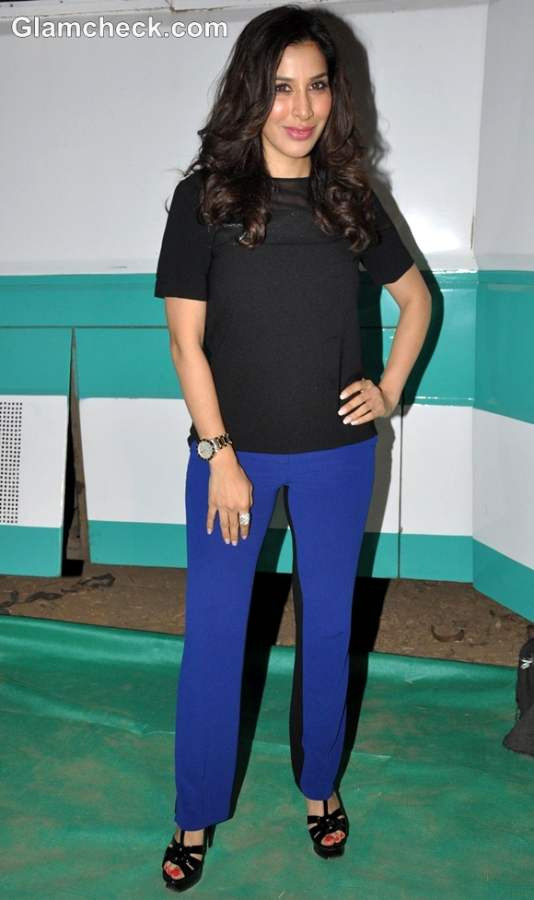 Sophie Choudhary in Black Blue at SATAN Album Launch