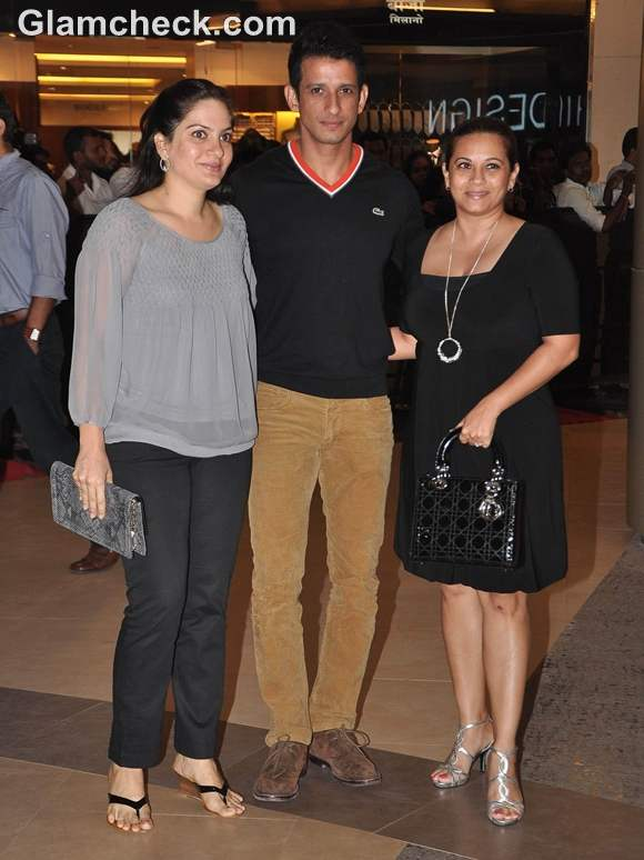 Talaash Premiere Prerna wife of Sharman Joshi  Manasi Joshi