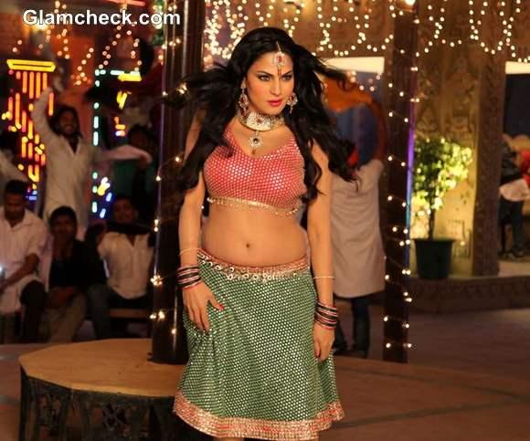 Veena Malik Item Song for Punjabi film Jatts in Golmaal