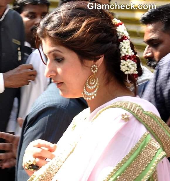 twinkle khanna at akshay kumar sister wedding