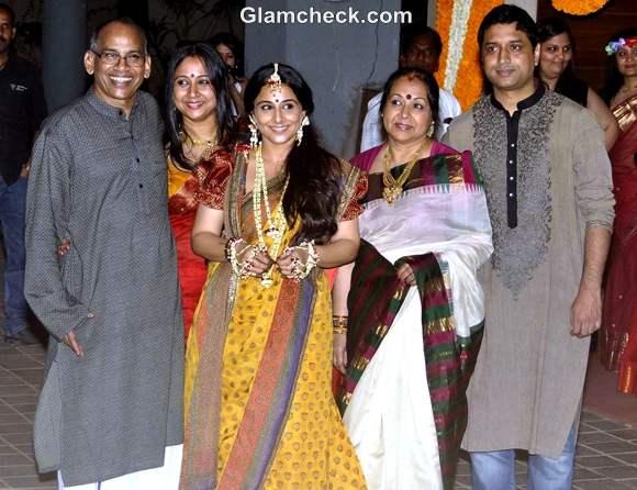 vidya balan mehndi ceremony with family pictures