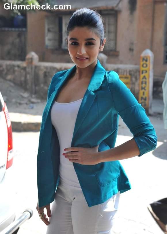Alia Bhatt at 2013 Stardust Awards Announcement