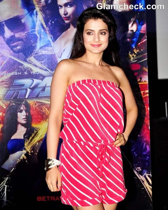 Ameesha Patel  hot 2013