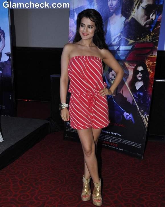 Ameesha Patel  race 2 promotions