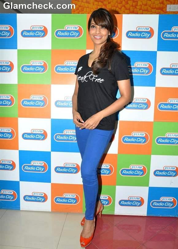 Bipasha Basu Promotes Fitness DVD Break Free 2013