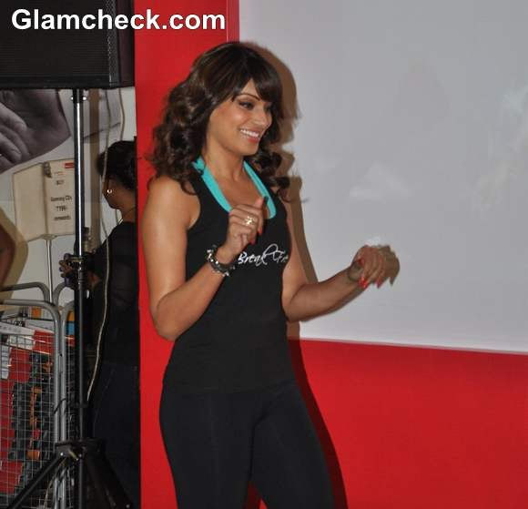 Bipasha Basu at Dance Workout DVD Break Free launch