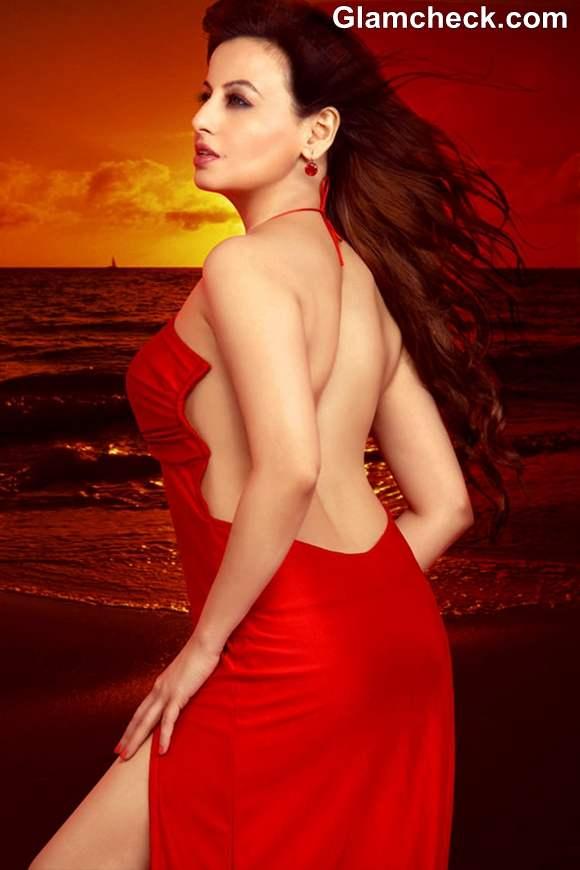 Debut Bollywood 2013 Saira Khan The City That Never Sleeps