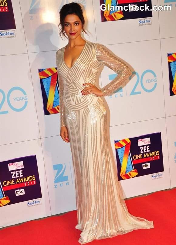 Deepika Padukone In Naeem Khan gown at Zee Cine Awards 2013