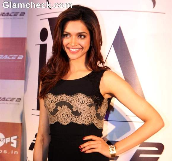 Deepika Padukone hot 2013 Tanishq Fashion Jewellery Range