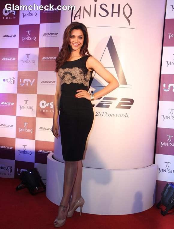 Deepika Padukone sexy 2013 pictures