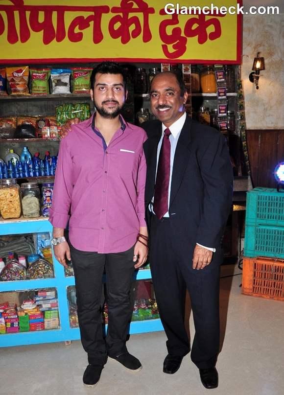 Director anshul sharma Saare Jahaan Se Mehnga first look in Mumbai