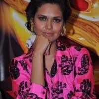 Esha Gupta in Masaba Gupta Blouse at Stardust Awards Announcement