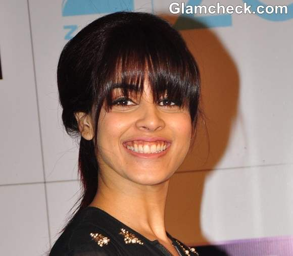 Genelia Blunt Bangs At The Zee Cine Awards 2013