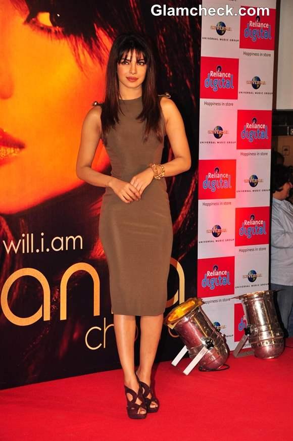 Priyanka Chopra In Victoria Beckham At The Launch Of Her International Single, In My City