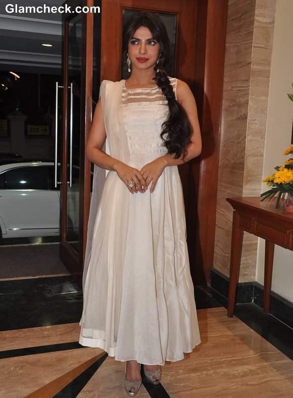 Priyanka Chopra white anarkali dress 2013 Deewana Main Deewana