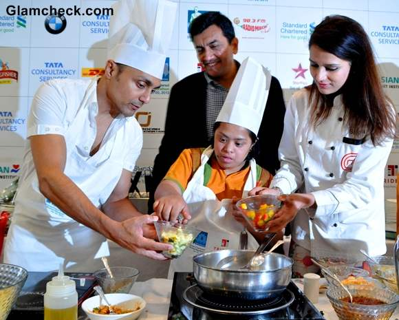 Rahul Bose Shipa and TV chef Sanjeev Kapoor during Marathon pasta lunch