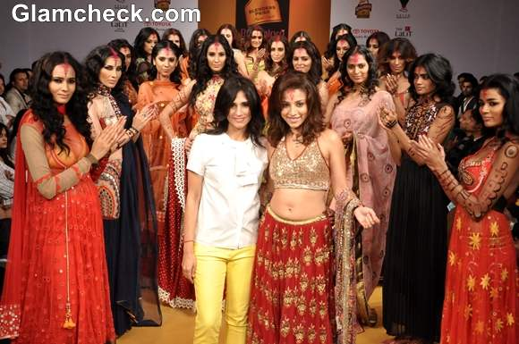 Rina Dhaka actress Amrita Puri Bangalore Fashion Week Summer Showers 2013