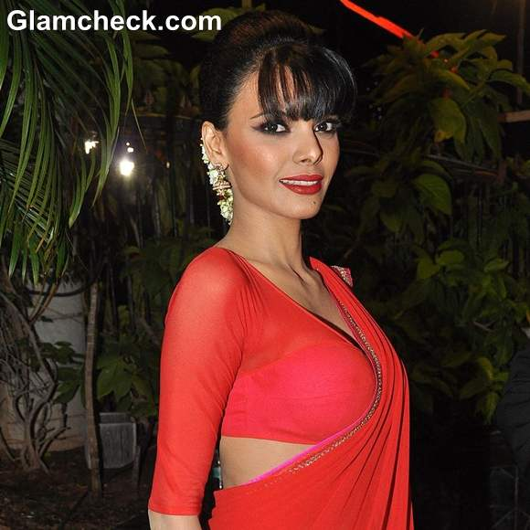 Sherlyn Chopra in Red Sari At MLC Charan Singh Sapra Lohri Night