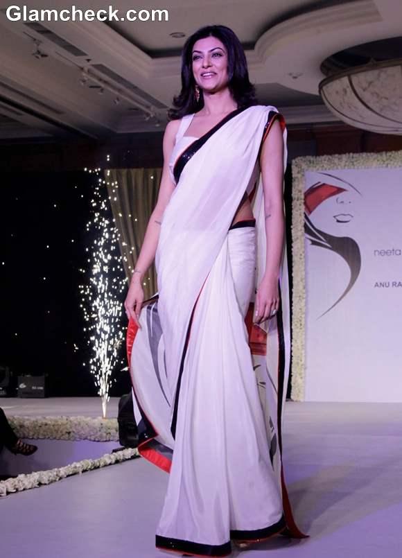 Sushmita Sen 2013 At Anu Ranjan's Beti Movement Fashion Fundraiser