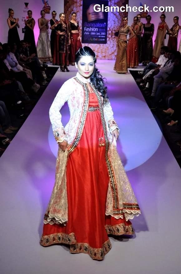 Umesh Joshi showstopper Deepika Kamaiah  Bangalore Fashion Week Summer Showers 2013