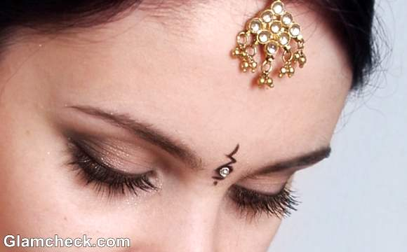 contemporary bindi designs