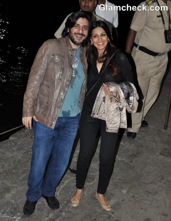 sonali bendre goldie bhel at Hrithik Roshan Birthday  On Yacht