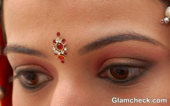 stone bindi designs indian