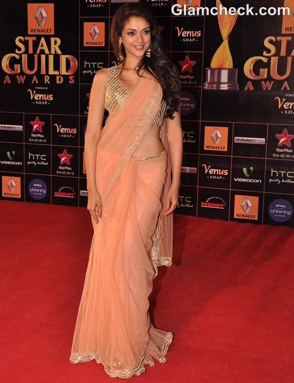 Aditi Rao Hydari at Star Guild Awards 2013