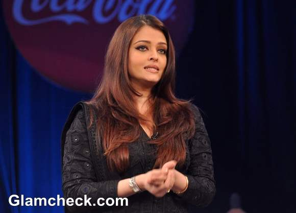 Aishwarya Rai At NDTV Coca Cola Support My School Telethon 2013