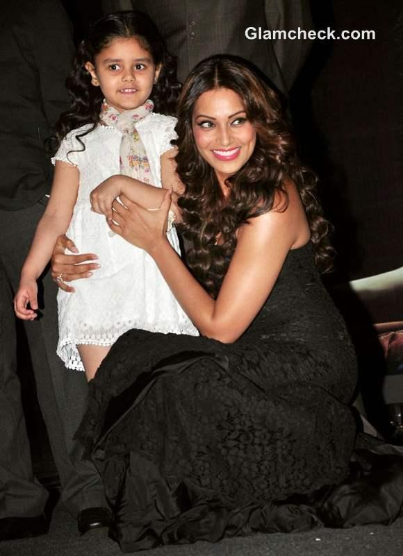 Bipasha Basu First Look Of Aatma