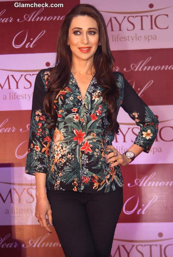 Karisma Kapoor Winsome In Floral Blouse At Mystic Almond
