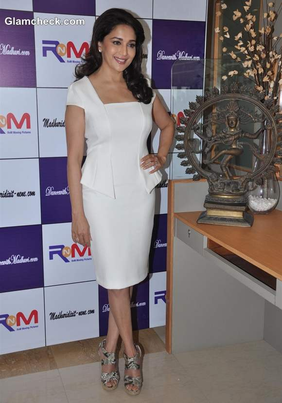 Madhuri Dixit style 2013 pictures