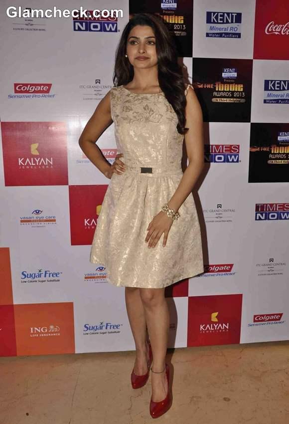 Prachi Desai at Times Foodie Awards 2013