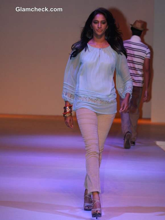 Promart Retail Fashion Show 2013 collection